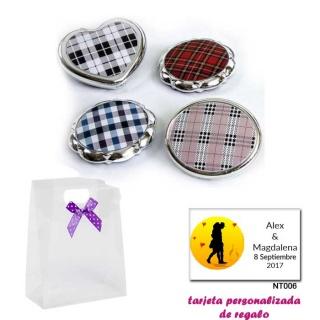 Espejos plateados con cuadros escoceses, con caja de acetato con lazo morado de lunares y tarjeta personalizada