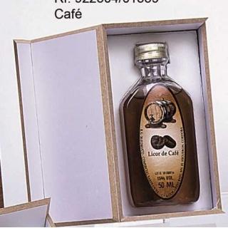 L. CAFE 50 ML BOTELLA. PLAST. PETACA EN CAJA MADERA