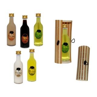 Botella de licor sol en caja de mimbre para regalos de boda