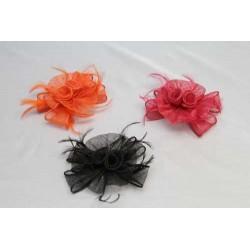 Tocado Flor Sinamay y Pluma Oca Biots tintadas en 3 colores