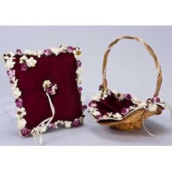 Cojín alianzas burdeos con florecillas / cesta arras(precio no marcado)