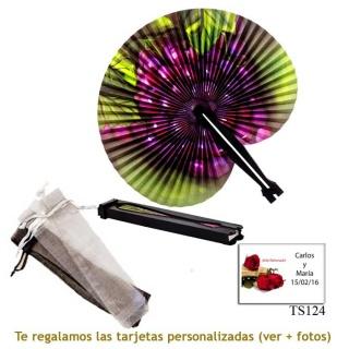 Abanico Pai Pai con diseño de uvas y con bolsa de organdil