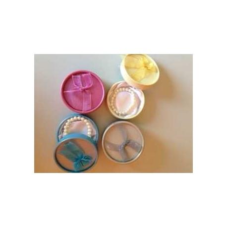 Pulseras perlas blancas + caja lazo (precio unidad)
