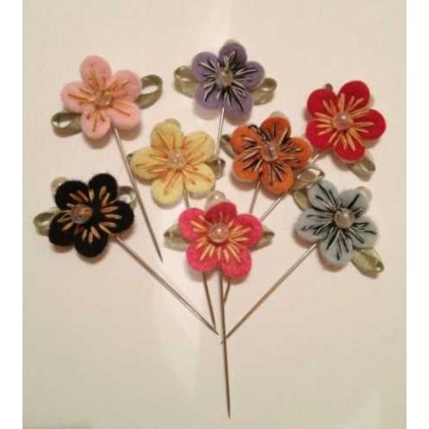 Alfiler flor tela (precio unidad)