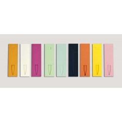 Funda cartón para bolígrafos en colores surtidos (6x10cm)