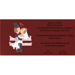 Invitacion de boda novios besandose